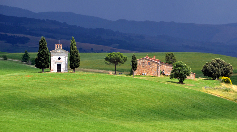 Капелла-ди-Виталета в долине Валь д'Орча