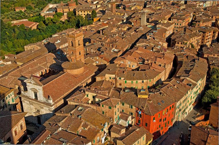 Улица средневекового города