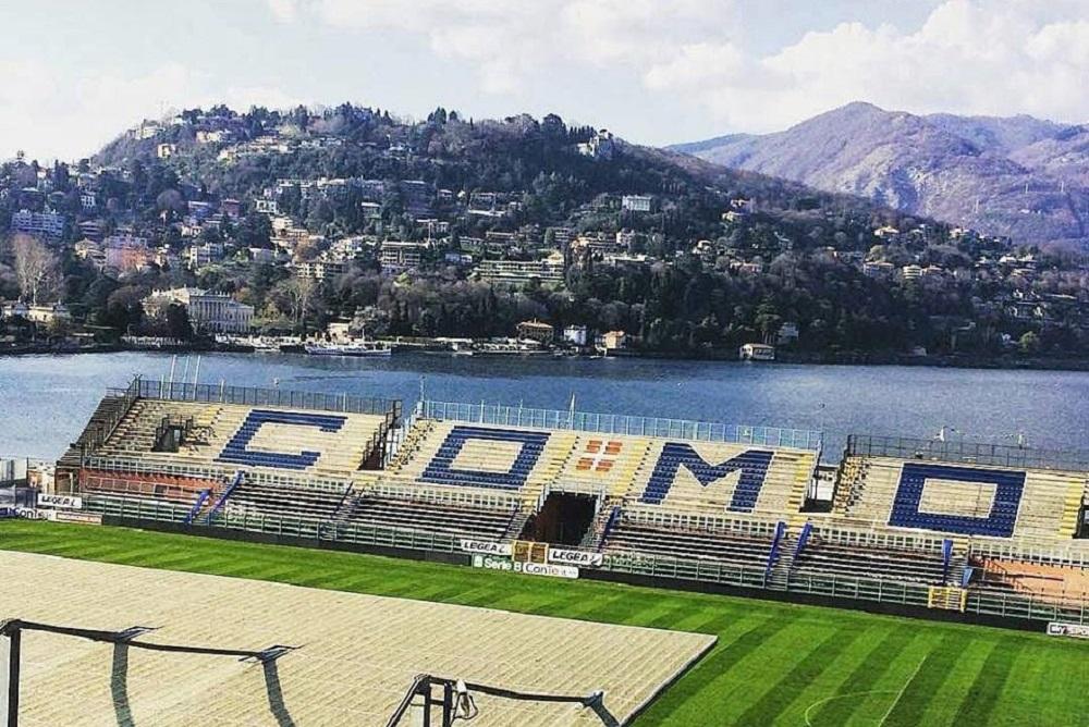 Стадион «Джузеппе Синигалья» в Комо