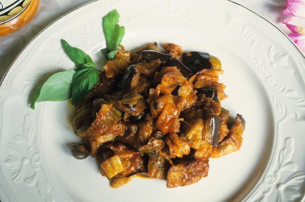 T6AY92 caponata siciliana, food, sicilia (sicily), italy
